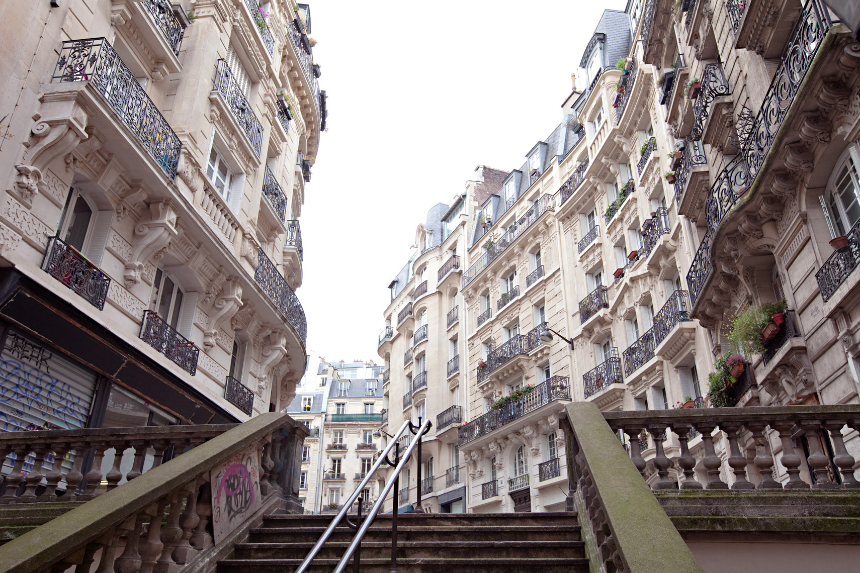 FILETI_PLACE_PARIS_8739